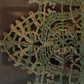 Fig. B2 Lace detail, V&A 30-1898. Photo: Ana Cabrera. © Victoria & Albert Museum